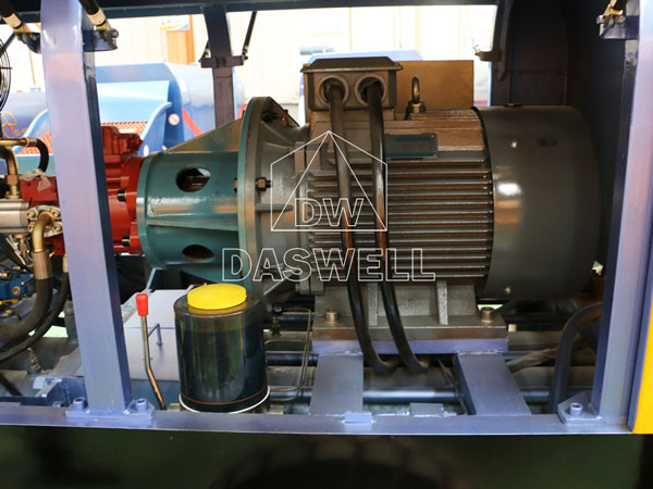 CPD60 internal structure of concrete pumping machine