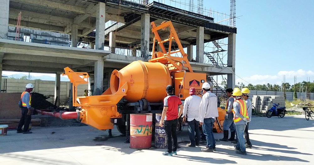 DHBT40 concrete mixer pump works in Philippines