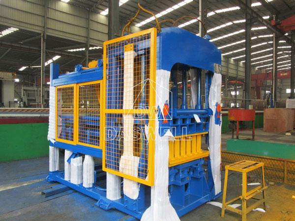 QT4-15 brick manufacturing plant