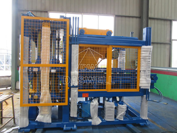 QT4-15 hollow block making machines