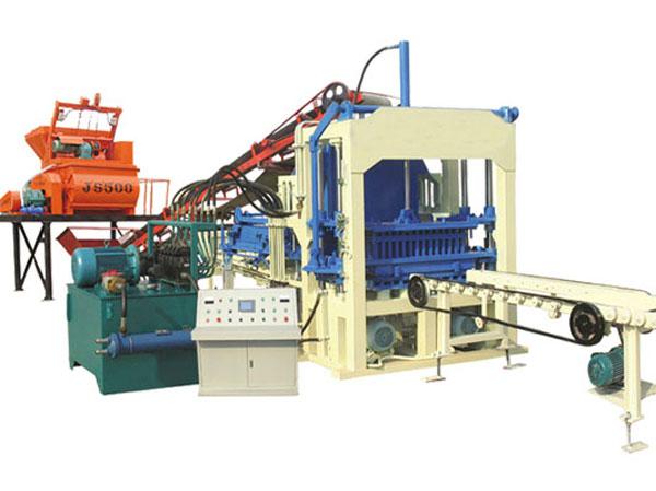 QT8-15 hollow brick production machine