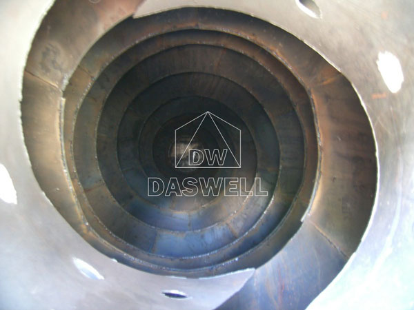 internal structure of mixer drum