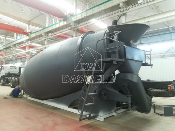 production mixer truck factory