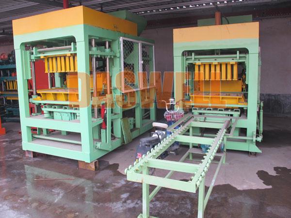 QT5-15 automatic brick manufacturing plant