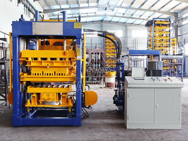 QT6-15 concrete block maker machine