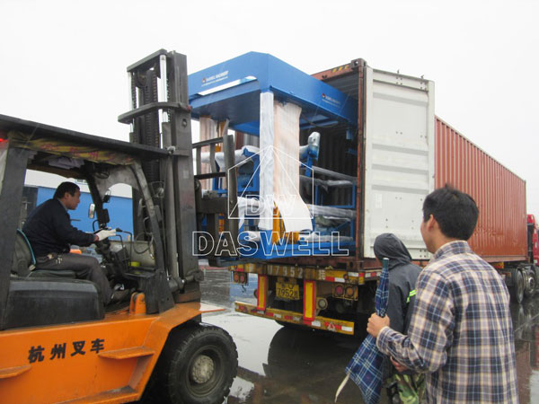 QT6-15 concrete block plant to Mexico