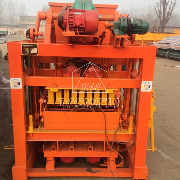 QTJ4-40B concrete block making machine