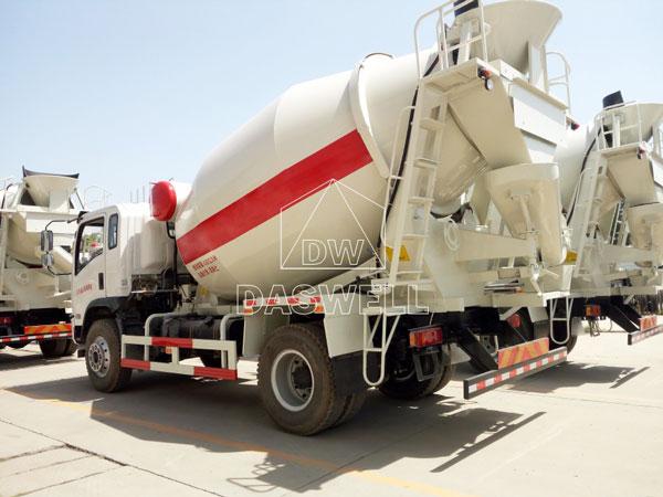 DW-4 ready mix lorry