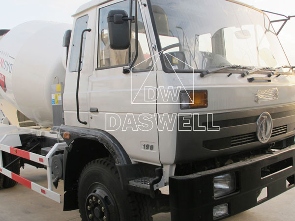 the chassis of DW-3 ready mix truck
