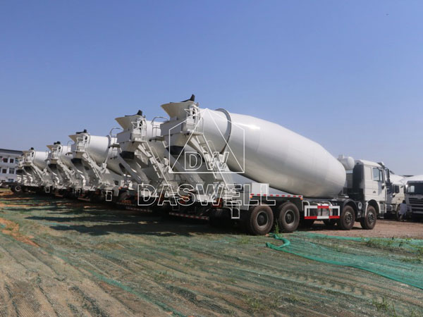 the concrete truck machine in producing factory