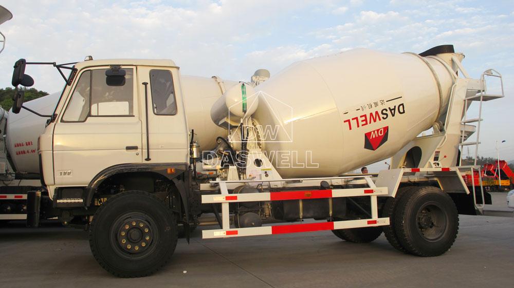 DW-4 mixer truck
